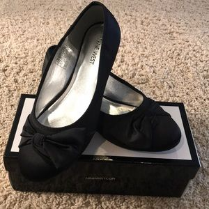 Girl's Nine West ballet flats, Size 5
